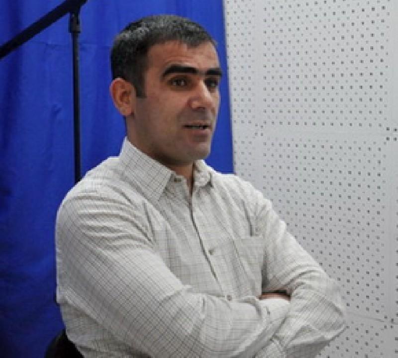 Xalid Ağəliyev