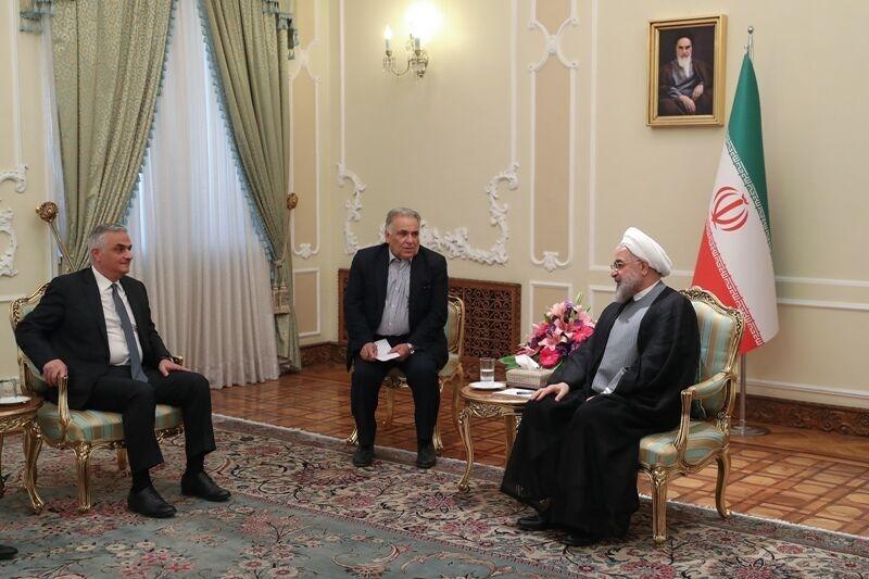 Ruhani Qriqoryanla ile ilgili görsel sonucu